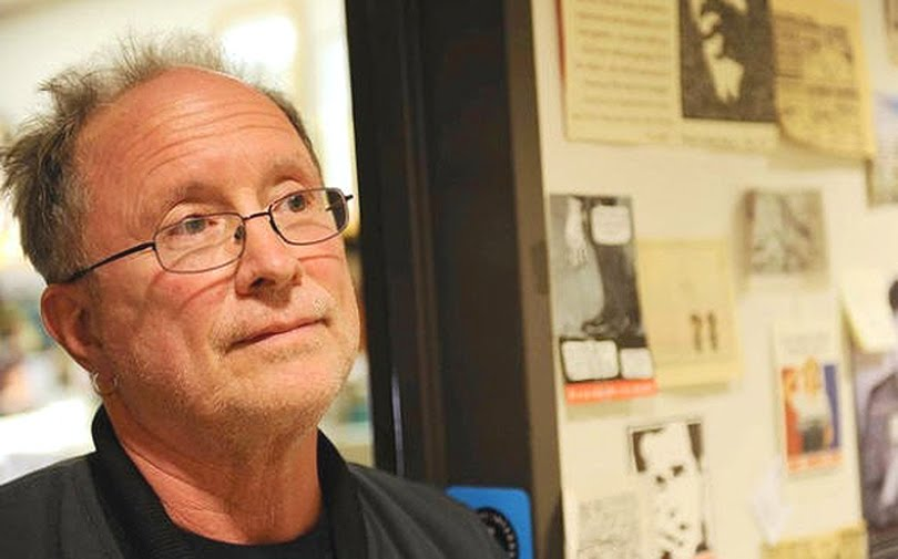 bill ayers essay Bill ayers, a um student activist who was arrested in a 1965 sit-in at the selective service office, discussed how conscription can actually benefit society in a 2015 interview first, he argued, because the draft affects the people around an individual, they are more likely to pay attention to the foreign policy decisions being made by the.